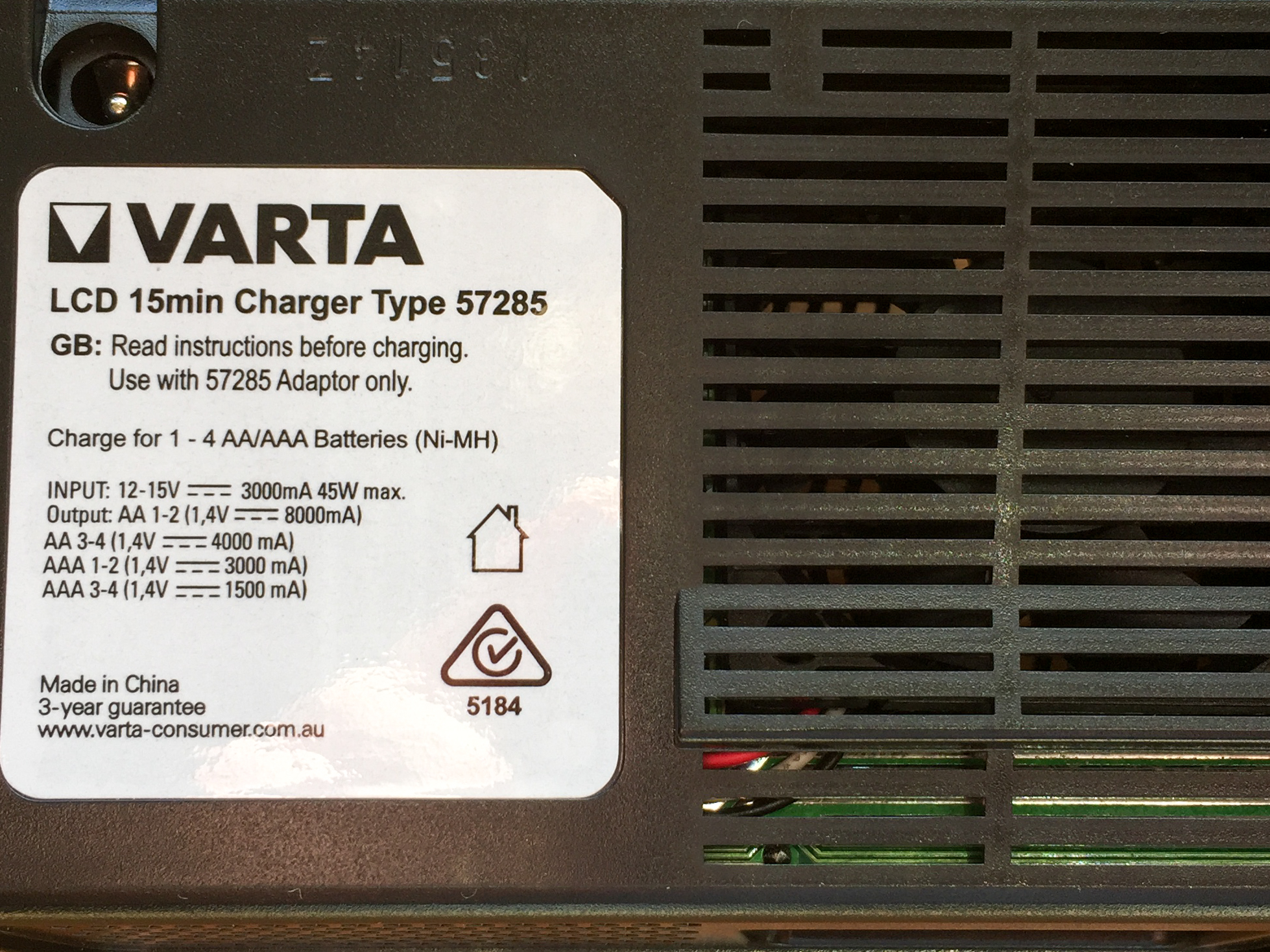 Varta 57285 Charger Specifications